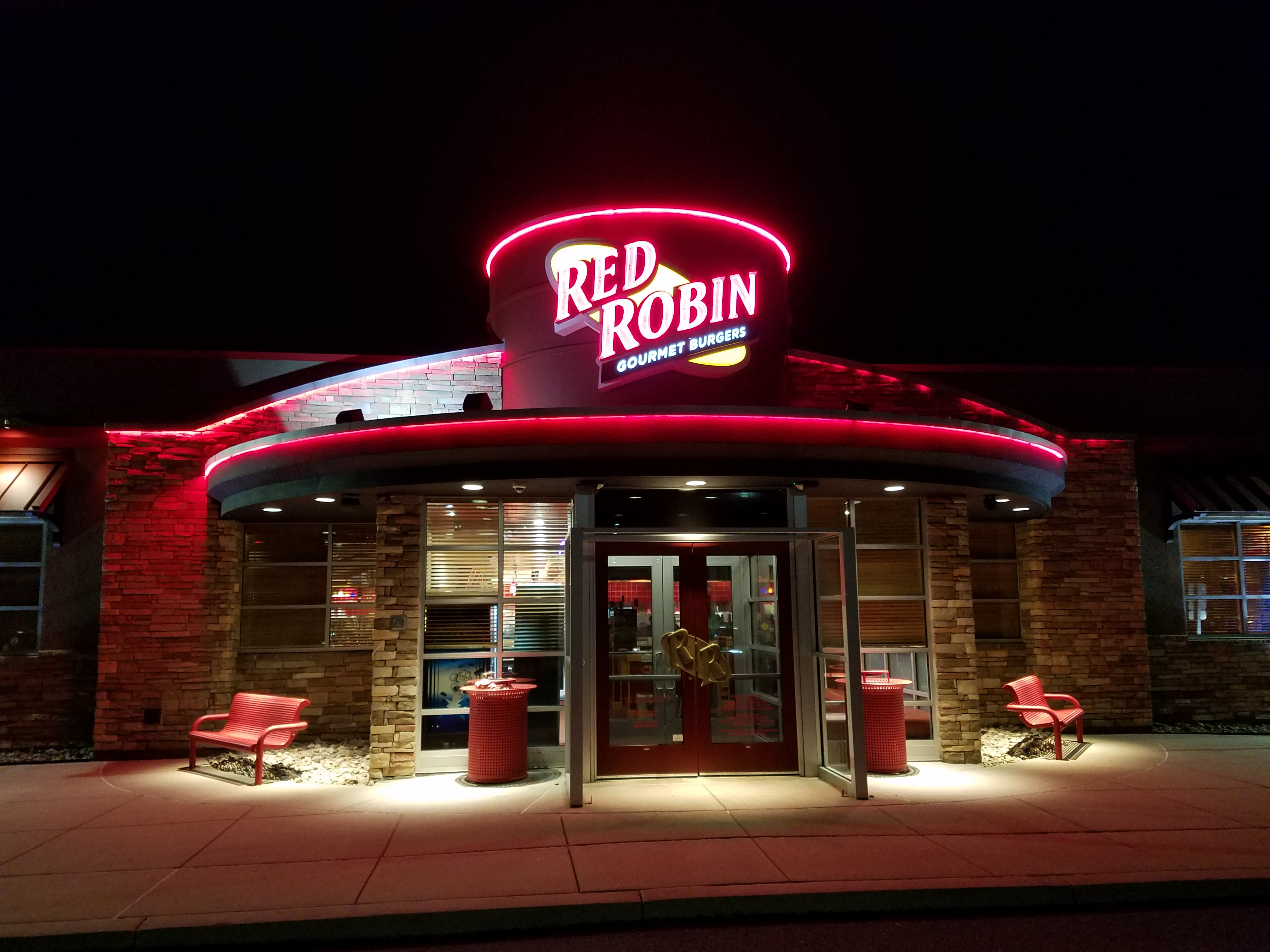 Red Robin in Hamburg, PA